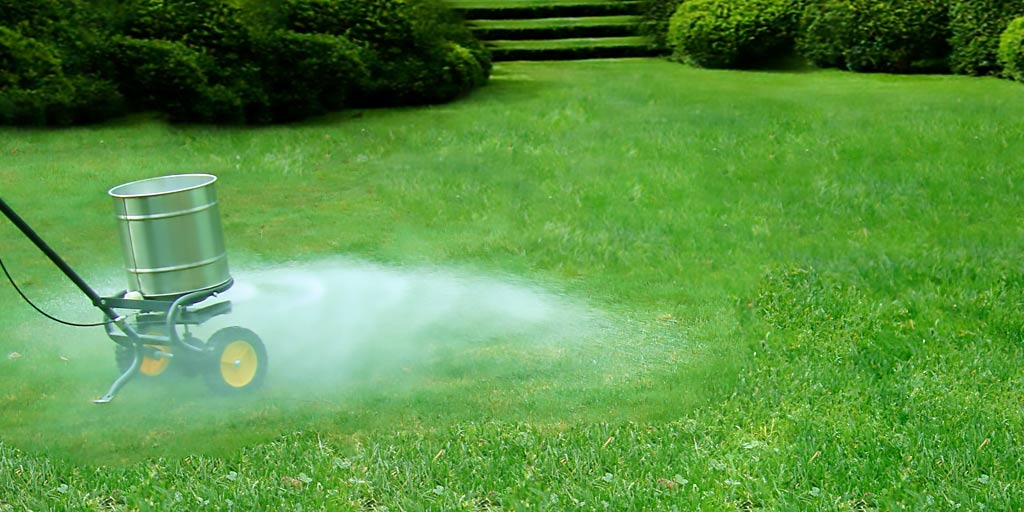 Best Lawn Fertilizer >> Which Type Lawn Fertilizer Is Best: Liquid Products Or Dry Products?