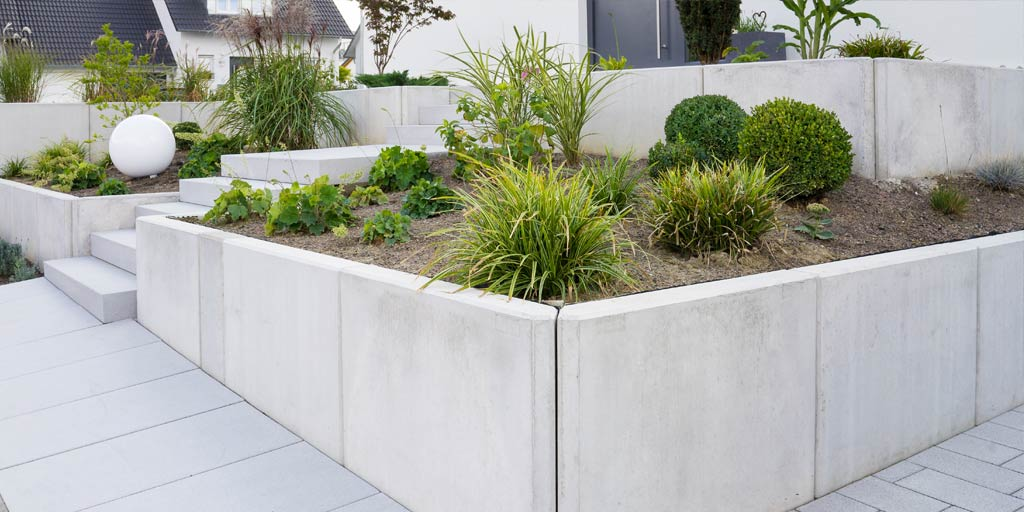Costs Of Concrete Vs Stone Walls Executive Landscaping Inc